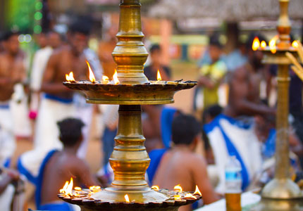 famous Shiva temple kerala popular tour